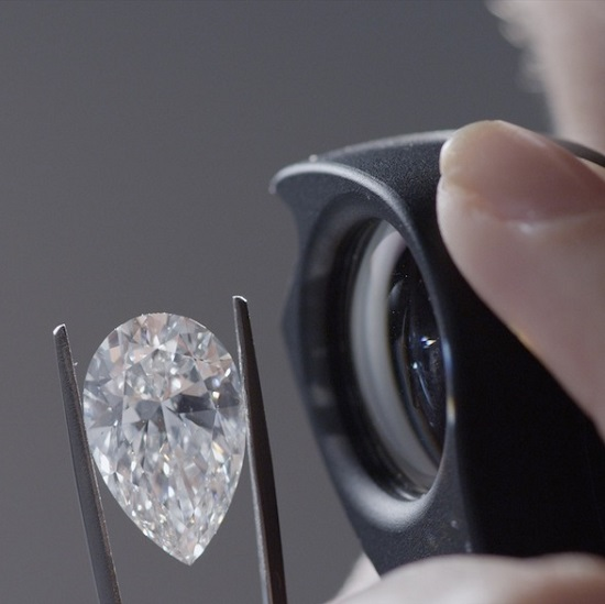 2016 Promises Bright Future for Diamond Investments