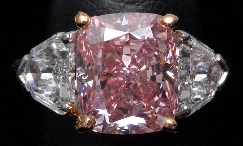5.00 carat fancy vivid pink sold in dec 2009