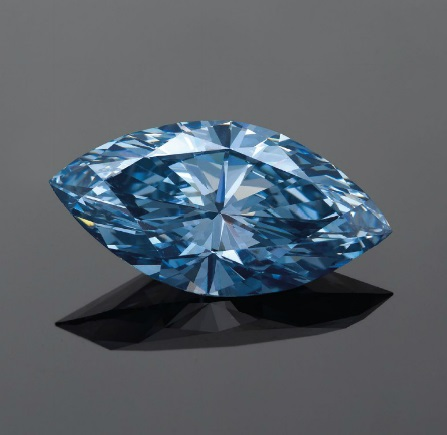 4.29 carat Moussaieff fancy vivid blue